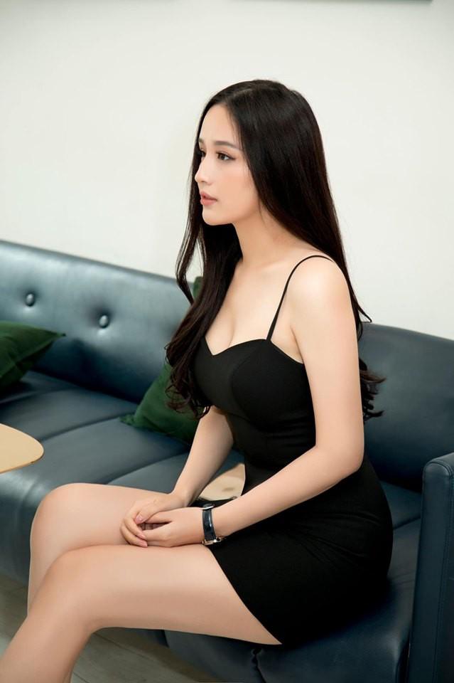 Hoa hậu Mai Phương Thúy stress nặng sau màn lộ vóc dáng đồ sộ và vòng 1 siêu khủng trên truyền hình - Ảnh 3