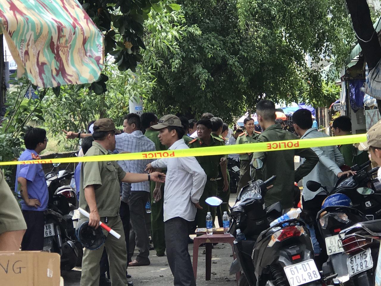 Bình Dương: Thai phụ cùng con gái 3 tuổi và chồng tử vong trong căn phòng trọ khóa kín - Ảnh 2