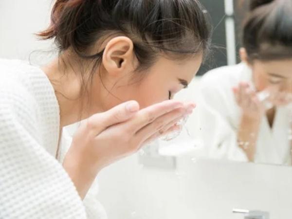2 cách làm trắng da bằng nước vo gạo đặc biệt, hiệu quả chỉ sau 7 ngày - Ảnh 2