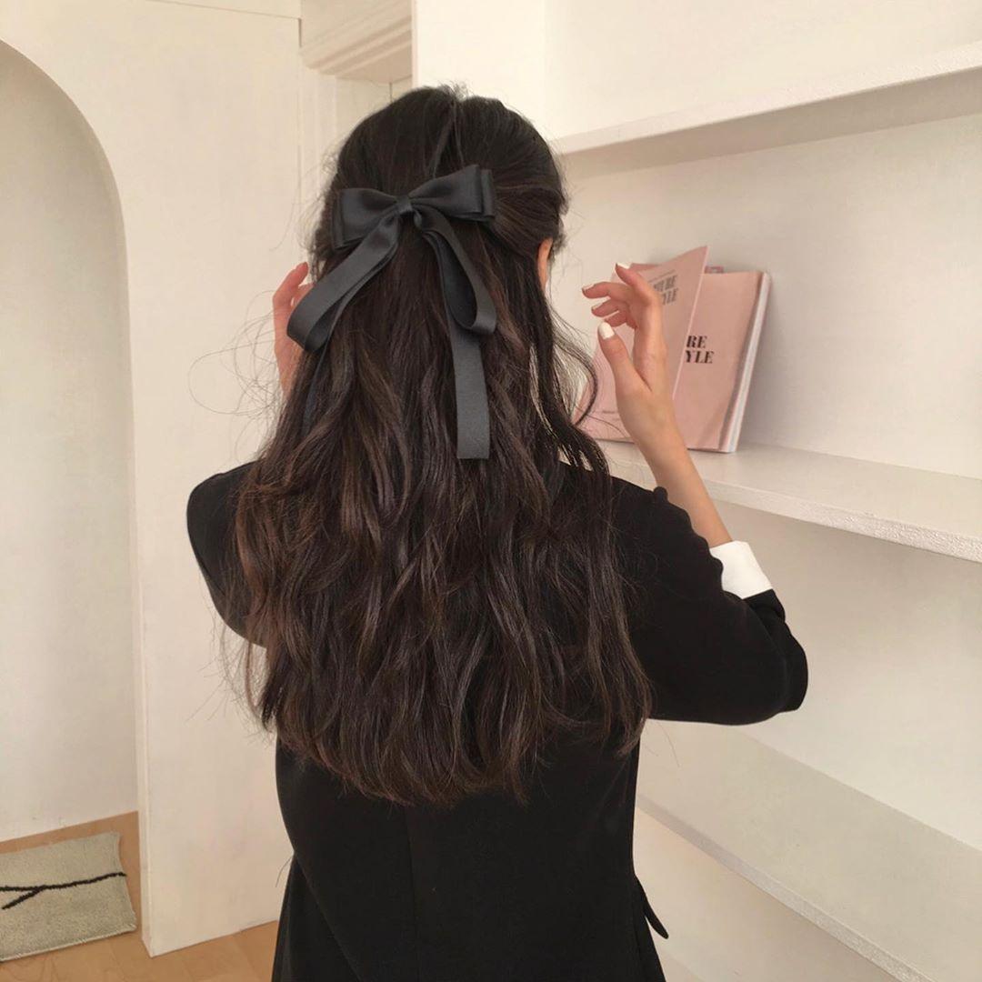 Cứ diện tóc buộc nửa là trông 'quê kiểng', có thể do bạn đã bỏ qua vài thao tác - Ảnh 3