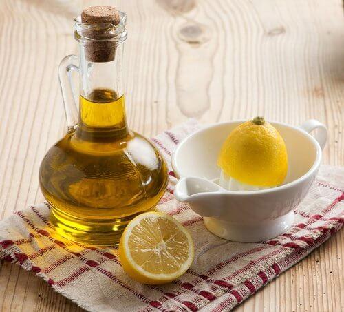 Bằng cách tận dụng những nguyên liệu có sẵn trong bếp, bạn sẽ có ngay 3 loại mặt nạ dưỡng da trắng hồng tự nhiên - Ảnh 3