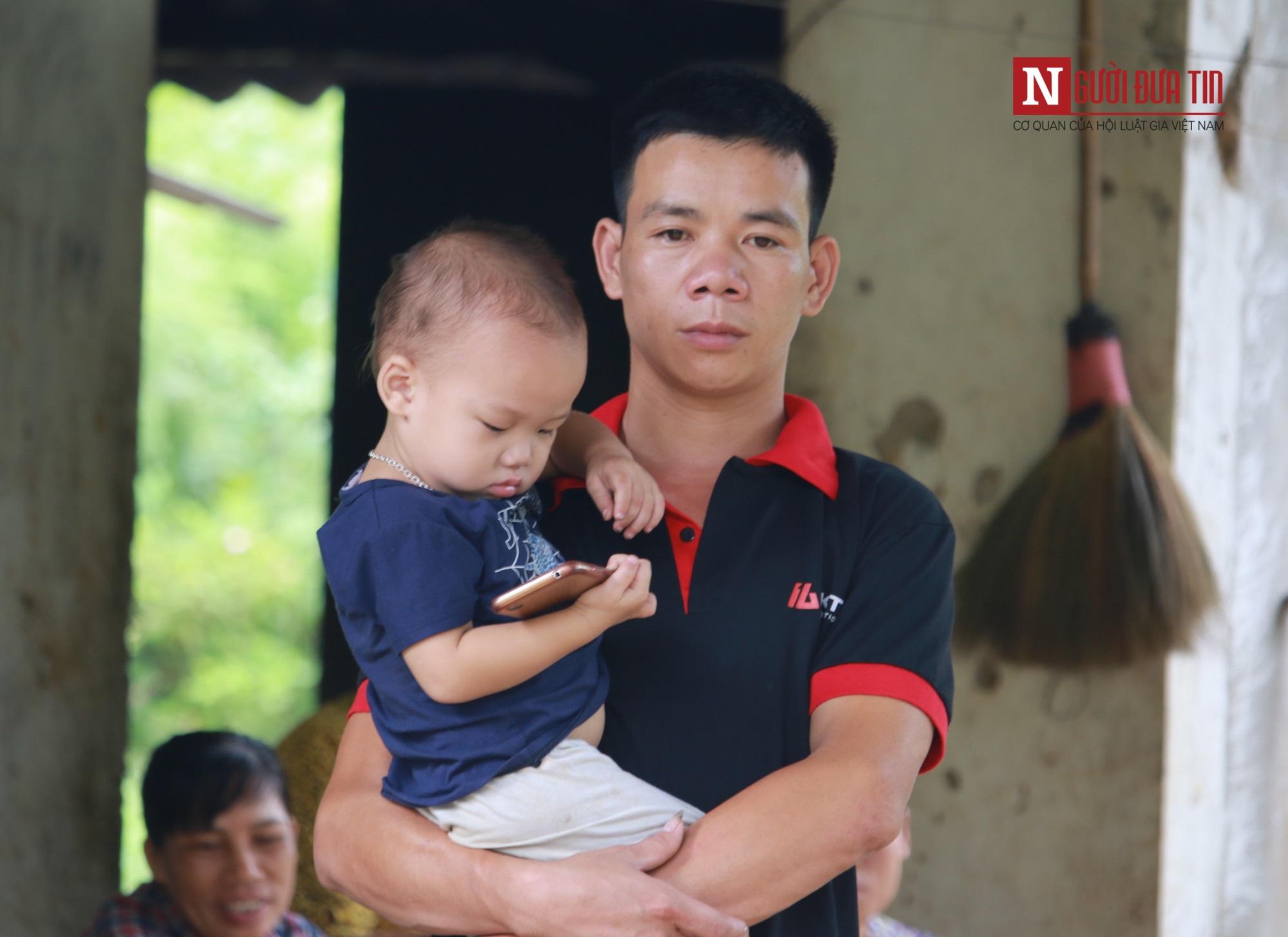 Đã có kết quả giám định vụ bỏ chai thuốc diệt cỏ vào bể nước ở Phú Thọ - Ảnh 2