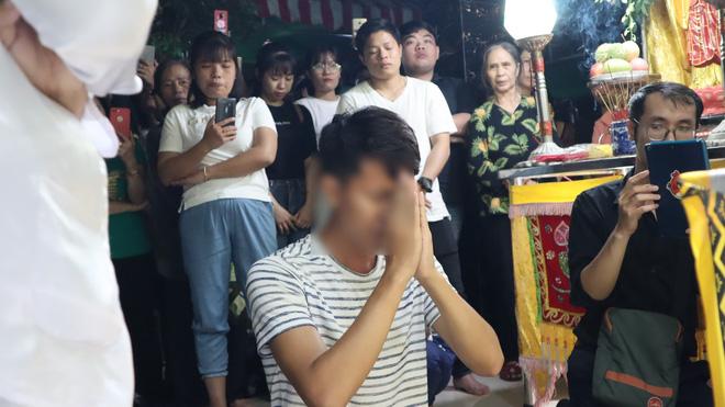 Em gái của cô dâu tử nạn trước ngày cưới: 'Suốt 3 năm chị chưa từng về Việt Nam, vì muốn tiết kiệm tiền gửi cho gia đình' - Ảnh 1