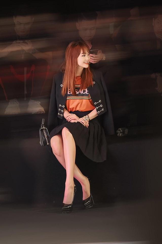 Minh Hằng bị bóc mẽ lạm dụng photoshop kéo dài chân đến méo cả bậc thang - Ảnh 3