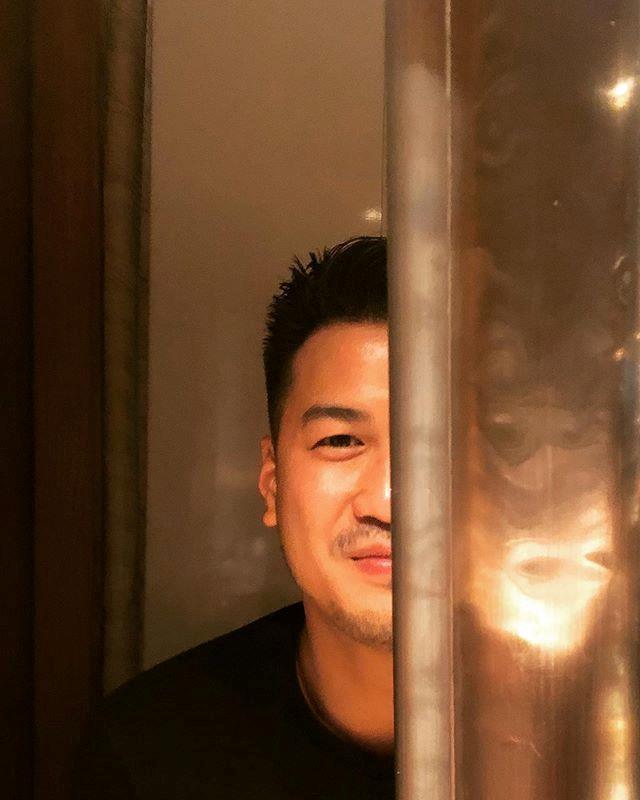 Thiếu gia Phillip Nguyễn và Linh Rin cùng đăng ảnh ở Đà Nẵng - Ảnh 3