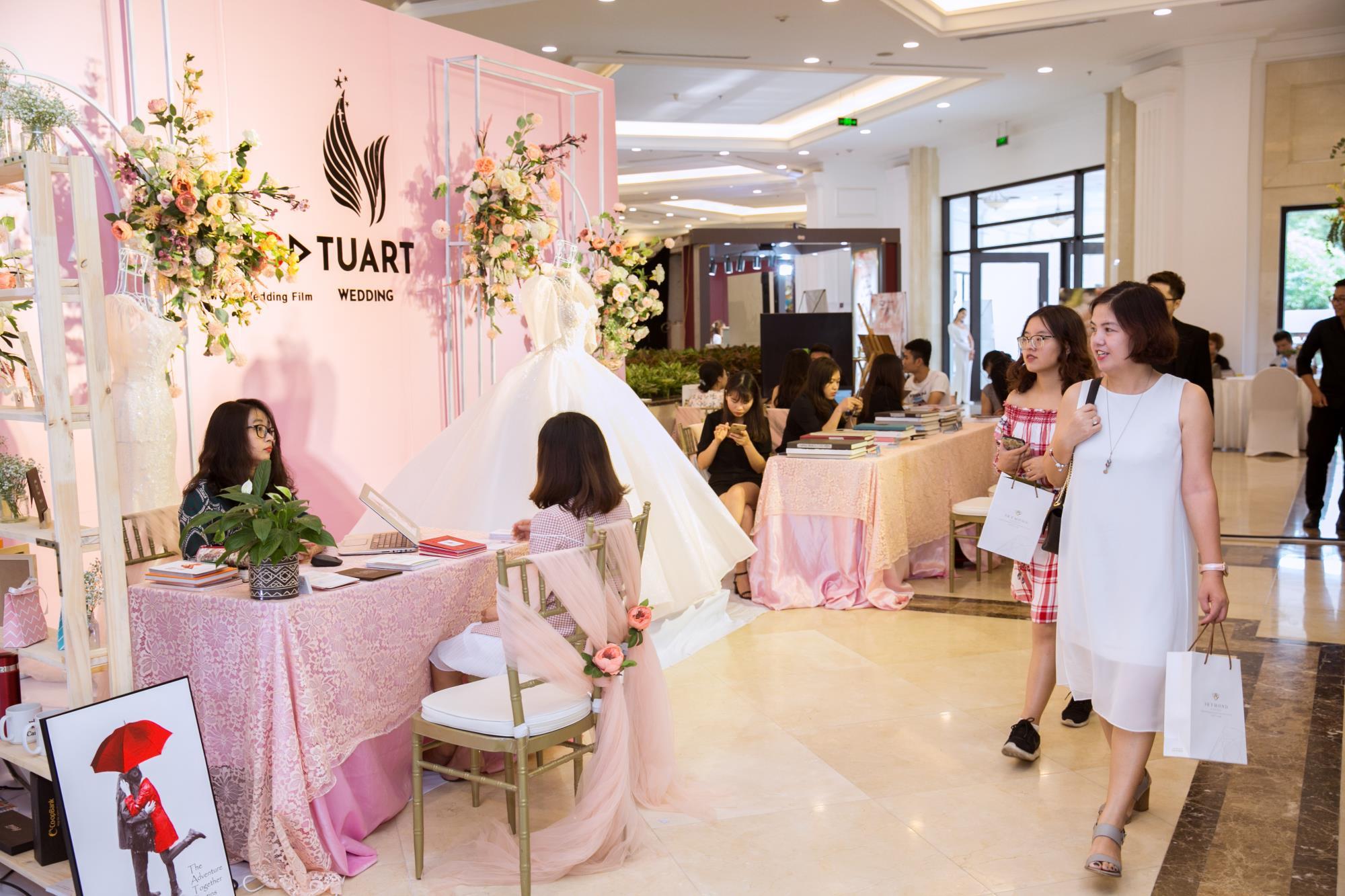 Triển lãm cưới Almaz Mini Wedding Fair - Rực rỡ màu sắc cá nhân trong ngày trọng đại - Ảnh 2