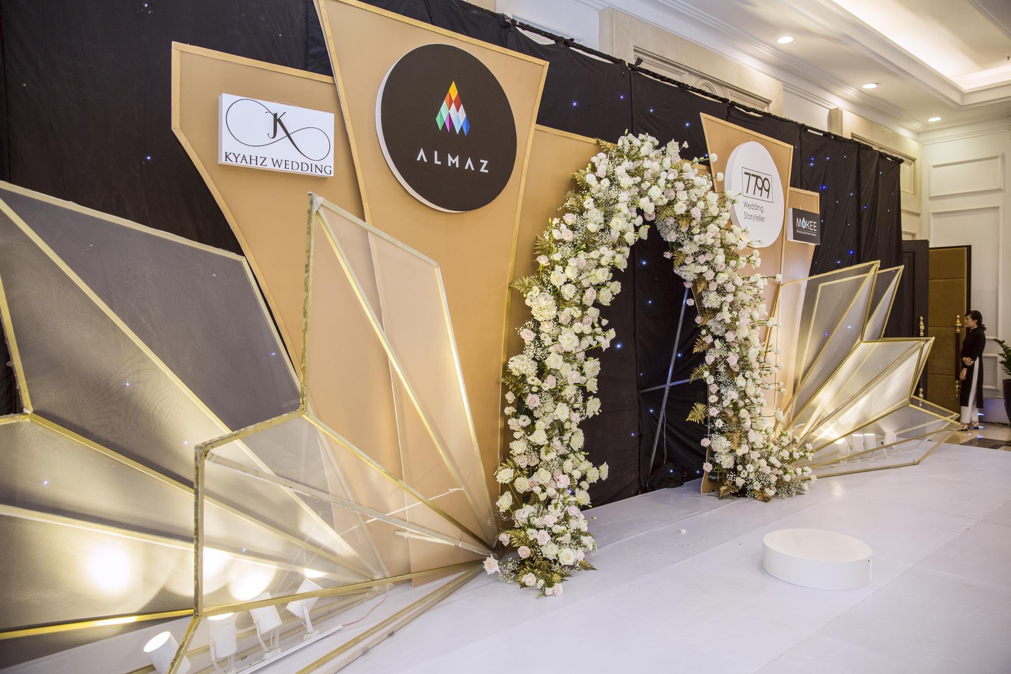Triển lãm cưới Almaz Mini Wedding Fair - Rực rỡ màu sắc cá nhân trong ngày trọng đại - Ảnh 16