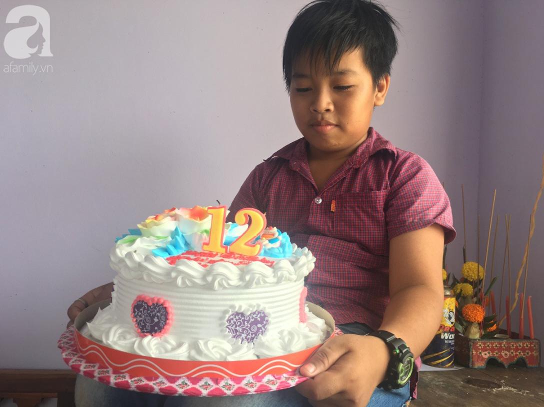 Mẹ bỏ đi lấy chồng, điều ước của bé trai 12 tuổi sống với người cha khờ bệnh tật khiến ai cũng xúc động - Ảnh 9
