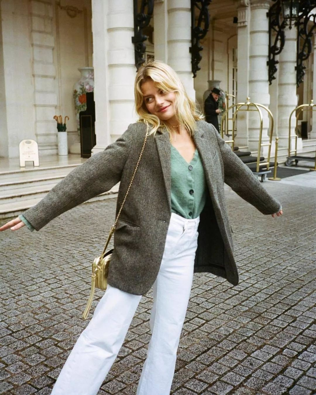3 mẫu quần jeans bạn nên tậu gấp trước mùa lạnh này để luôn ghi điểm mặc đẹp - Ảnh 7