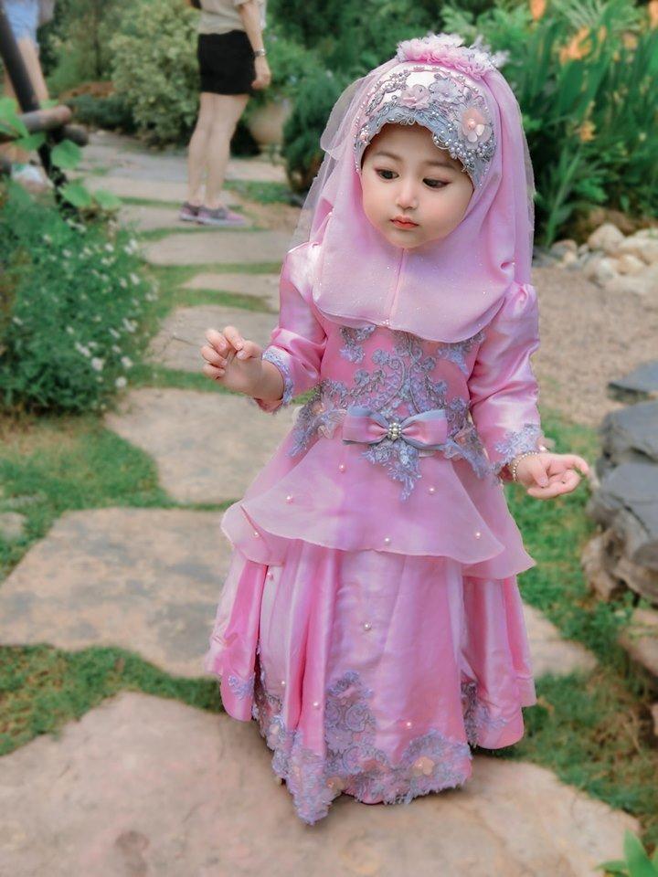 Bé gái xinh như thiên thần ai cũng xuýt xoa, nào ngờ lại là người quen - Ảnh 3
