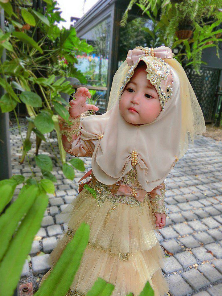 Bé gái xinh như thiên thần ai cũng xuýt xoa, nào ngờ lại là người quen - Ảnh 5