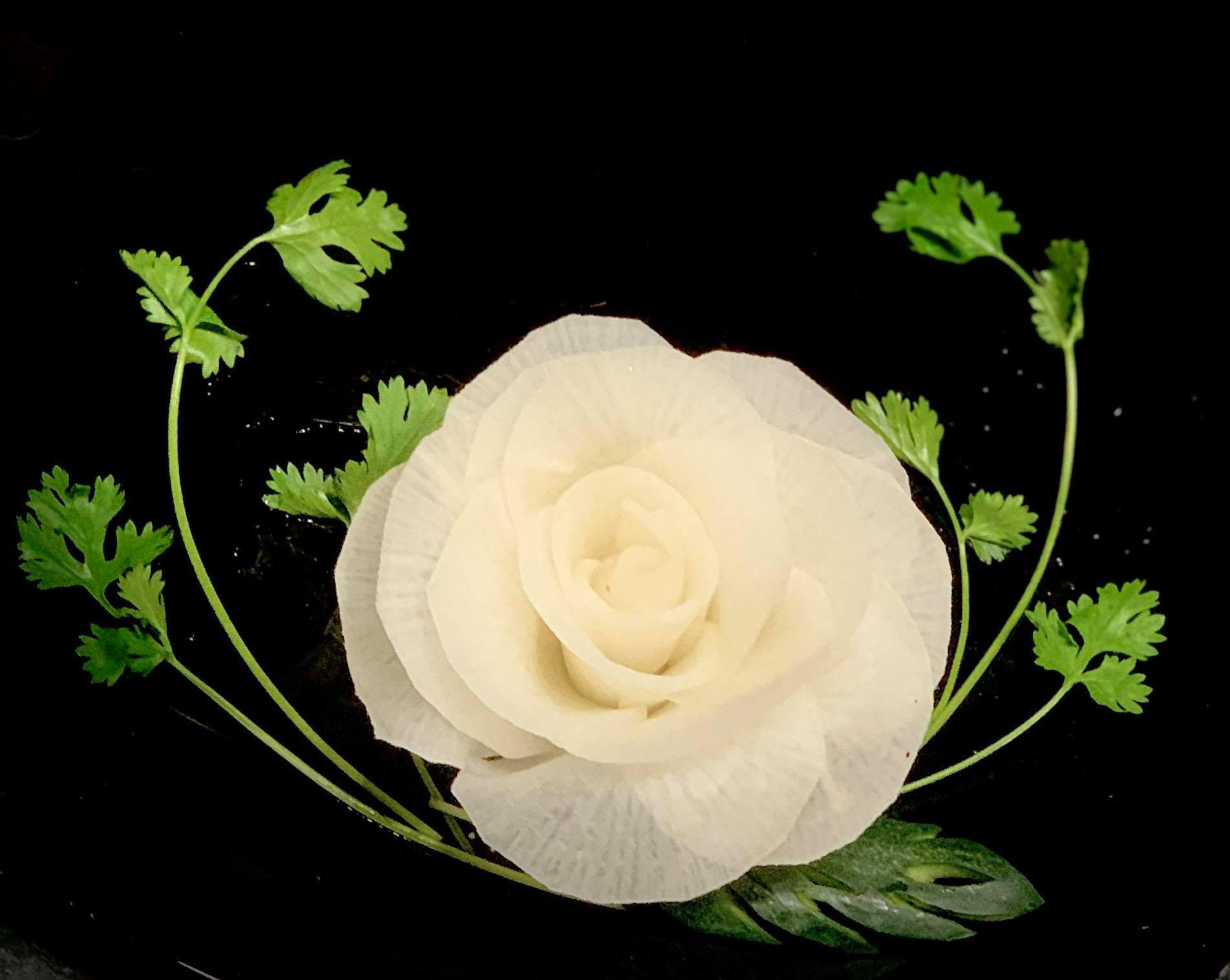 Cách tạo hình hoa hồng đẹp lung linh 'không thể thất bại' dù bạn vụng cỡ nào! - Ảnh 7