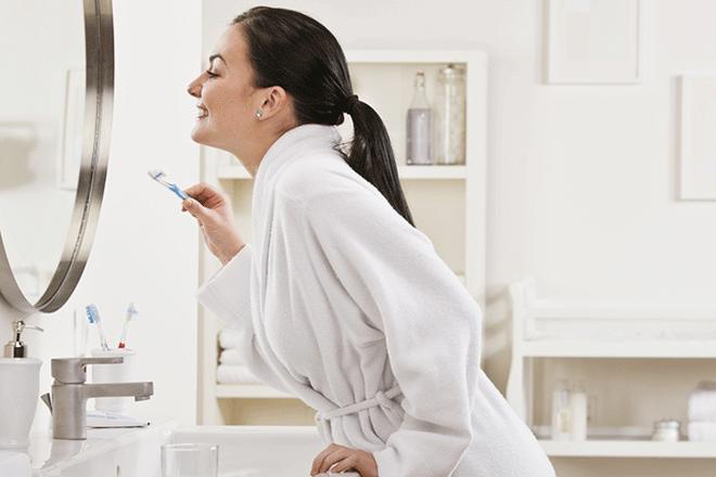 5 kiểu đánh răng gây ảnh hưởng không nhỏ tới hàm răng mà đa số người hay mắc phải - Ảnh 2