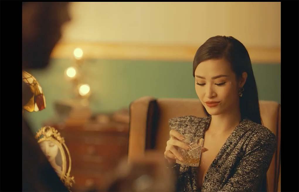 Đông Nhi bán khoả thân trong MV mới khiến fan phát sốt - Ảnh 6