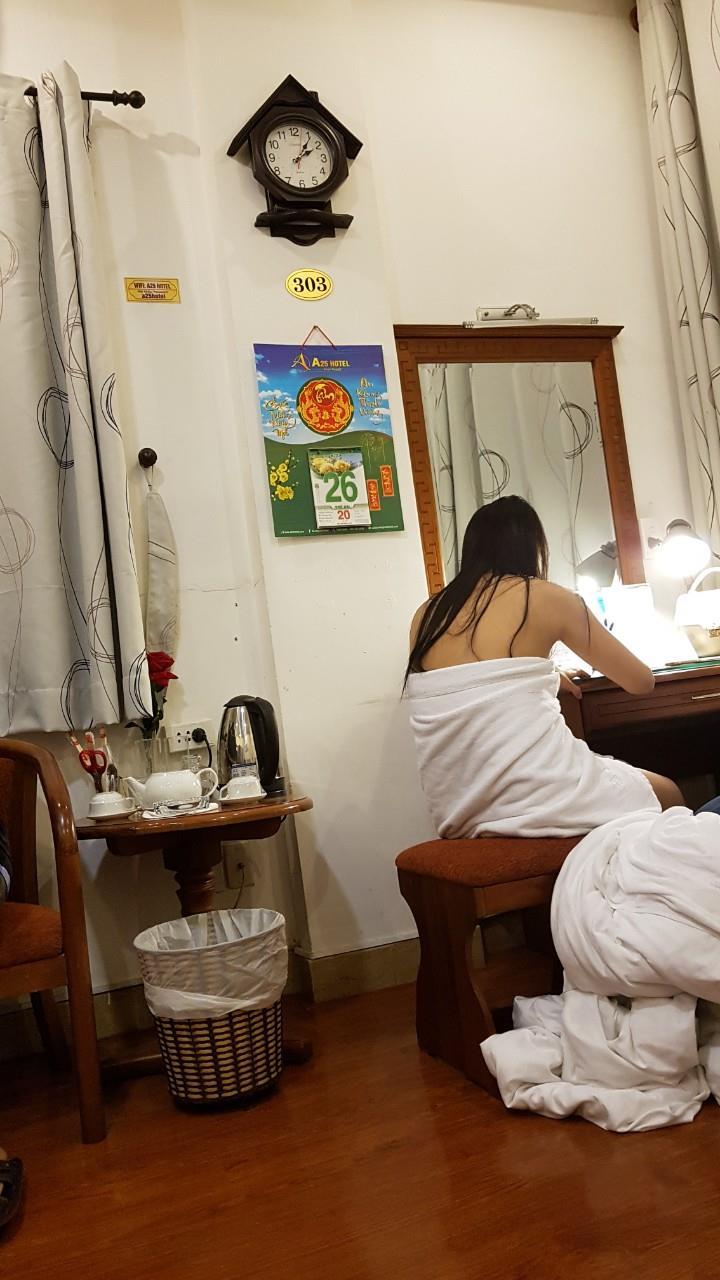 Nữ nhân viên nhà hàng bán dâm cho khách giá 4 triệu đồng/lượt ở Sài Gòn - Ảnh 3