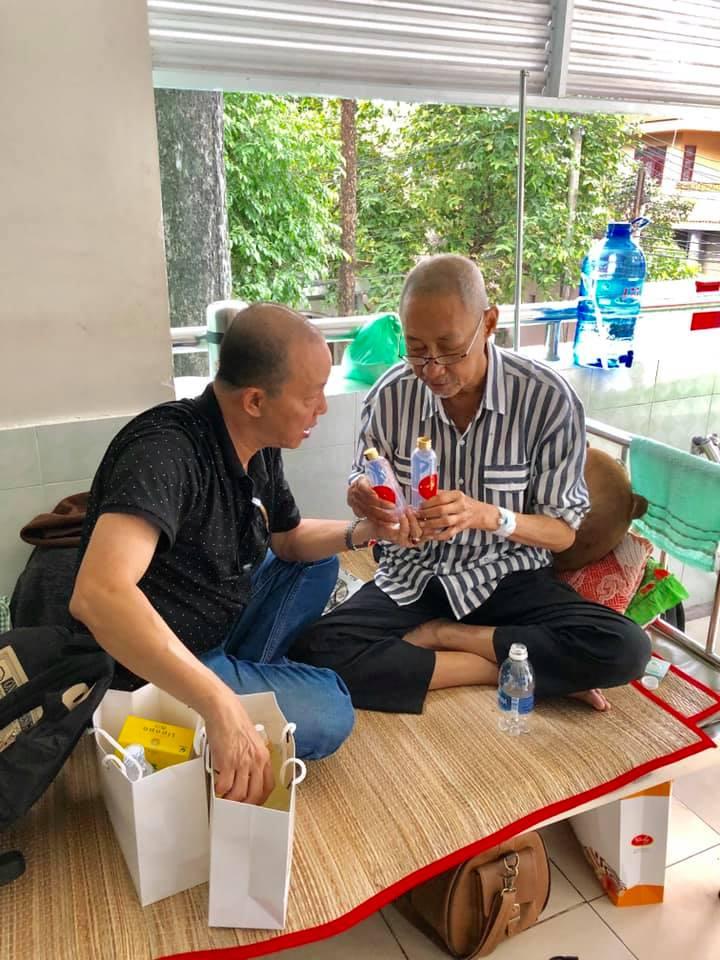 Ung thư giai đoạn cuối, nghệ sĩ Lê Bình xúc động khi được Đức Hải tặng thuốc quý - Ảnh 3