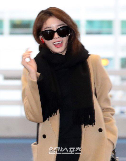 Ji Yeon (T-ara) xuất hiện như nữ thần tại sân bay, sang Việt Nam tham dự sự kiện âm nhạc lớn nhất năm - Ảnh 8