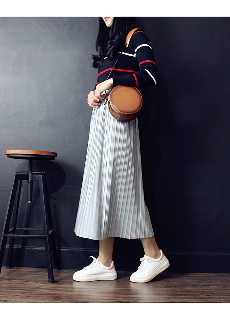 4 kiểu chân váy dài qua gối cực phù hợp để diện trong ngày Tết, vừa đẹp vừa không lo hớ hênh - Ảnh 3