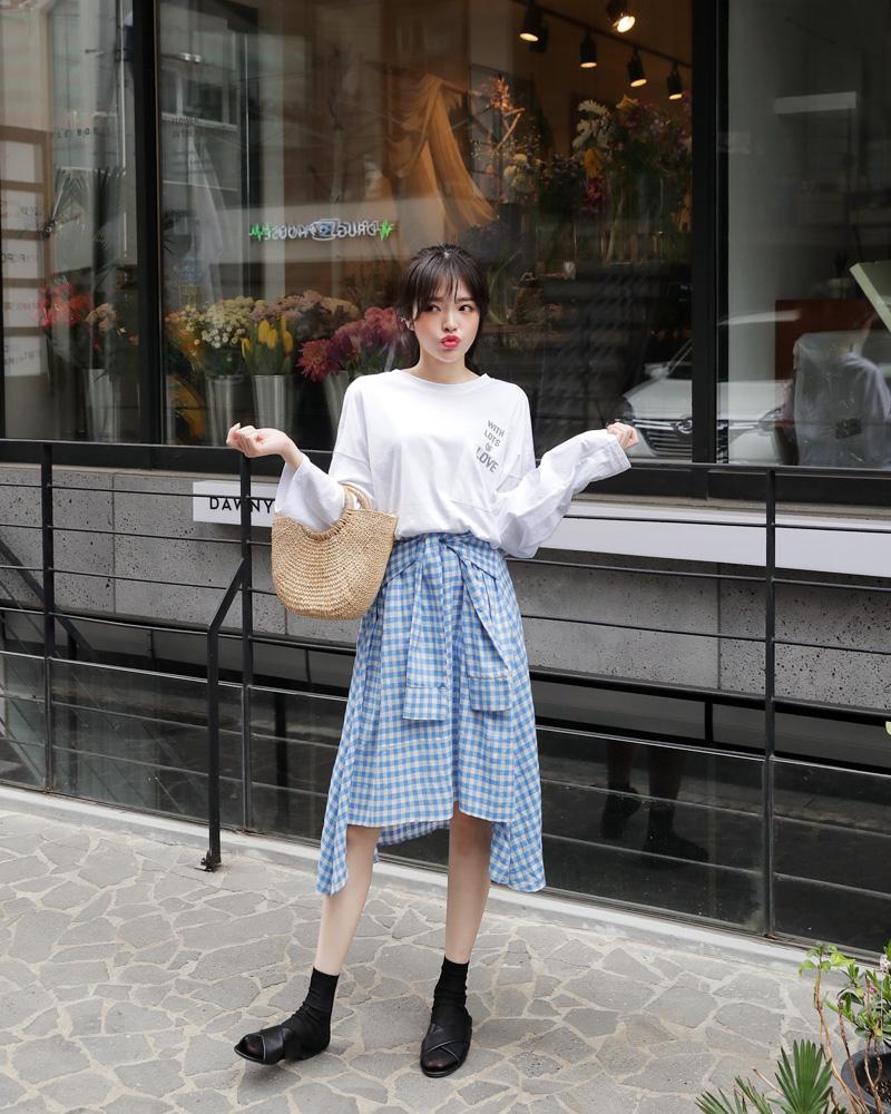 4 kiểu chân váy dài qua gối cực phù hợp để diện trong ngày Tết, vừa đẹp vừa không lo hớ hênh - Ảnh 8