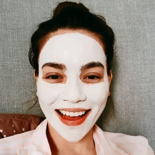 6 mỹ nhân Việt sở hữu làn da đẹp xuất chúng, quá nửa số đó từng hé lộ bí kíp skincare chuẩn ngon - bổ - rẻ, ai cũng học được - Ảnh 2