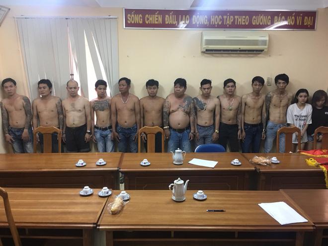 Lời khai chấn động của băng nhóm dùng vợ, người yêu giăng bẫy hàng nghìn khách làng chơi ở Sài Gòn - Ảnh 1
