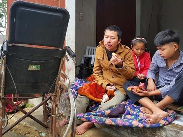 Bố và bà nội bệnh liệt giường, mẹ bỏ đi biệt tích, hai con có nguy cơ bỏ học vì kinh tế kiệt quệ - Ảnh 1