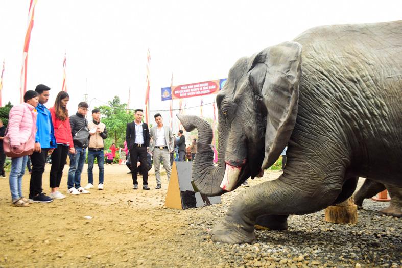 MC Phan Anh đau lòng khi nhiều quán đặc sản động vật hoang dã mọc lên cạnh chùa chiền - Ảnh 2