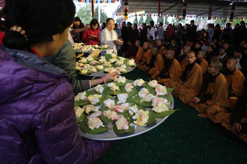 MC Phan Anh đau lòng khi nhiều quán đặc sản động vật hoang dã mọc lên cạnh chùa chiền - Ảnh 3