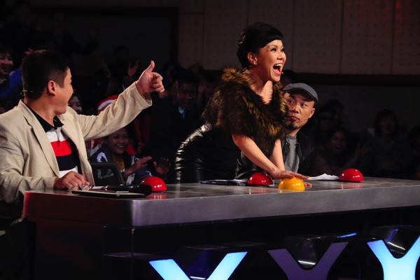 Sau hôn nhân đầu đổ vỡ, Việt Hương lấy được nhạc sĩ đẹp trai nhờ chia nửa hộp cơm - Ảnh 2