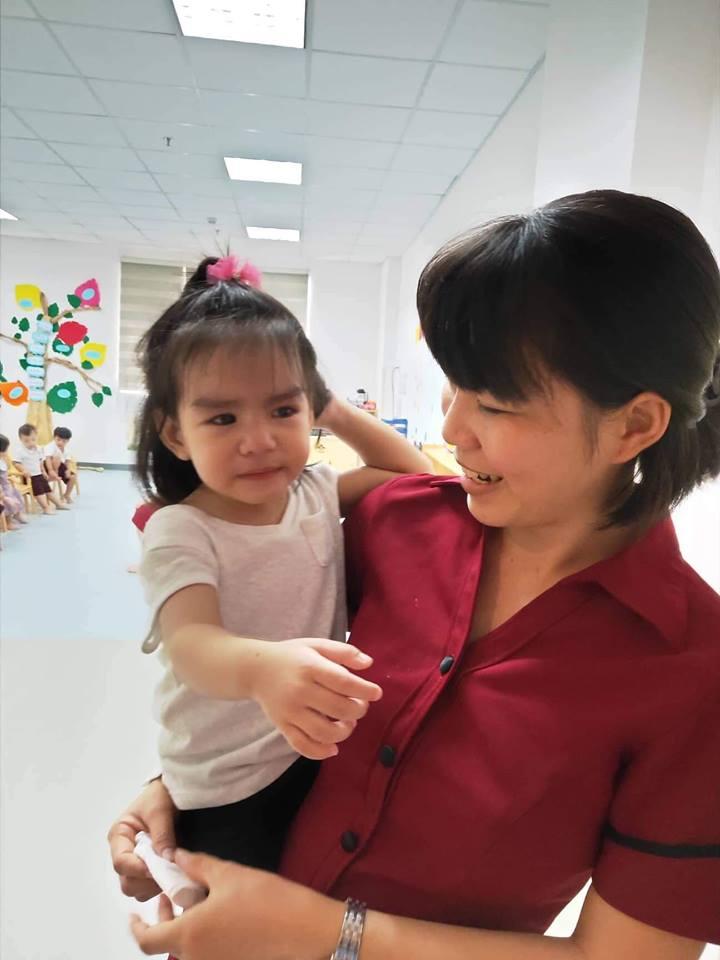 Sau ly hôn, Phạm Quỳnh Anh 'đứt ruột' khi cố làm người mẹ lạnh lùng, quay đi dù con gái gào khóc gọi mẹ - Ảnh 2