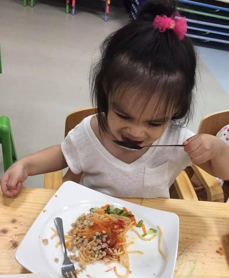 Sau ly hôn, Phạm Quỳnh Anh 'đứt ruột' khi cố làm người mẹ lạnh lùng, quay đi dù con gái gào khóc gọi mẹ - Ảnh 5