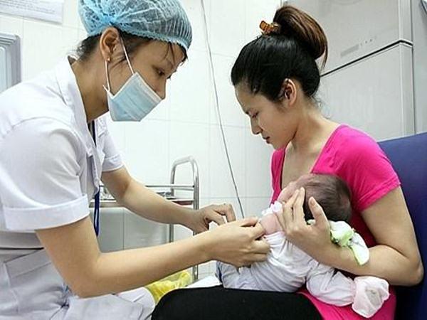 Sau vụ 3 trẻ sơ sinh xuất huyết não, bác sĩ chỉ cách phòng tránh thiếu hụt vitamin K - Ảnh 3