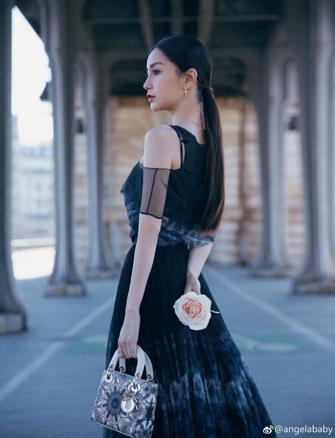 Thả dáng tại Paris, Angela Baby chứng minh đẳng cấp nhan sắc tựa công chúa bước ra từ cổ tích - Ảnh 3