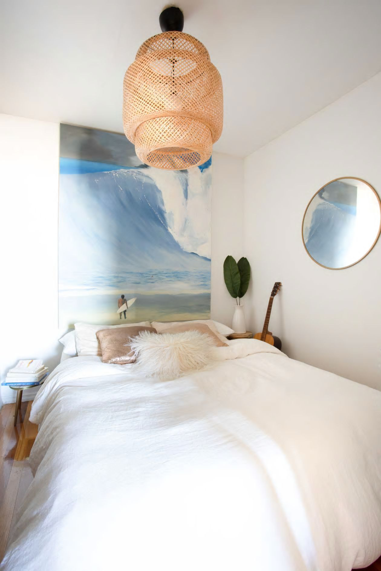 Căn hộ nhỏ 37m² sử dụng những màu sắc đáng kinh ngạc trong trang trí nội thất - Ảnh 4