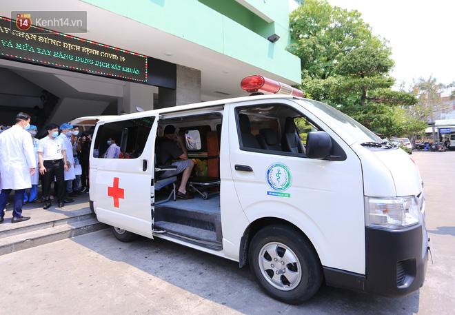 Tâm sự của bác sĩ chữa khỏi Covid-19 cho 3 bệnh nhân ở Đà Nẵng: 'Chúng tôi hứa sẽ tiếp tục chiến đấu vì cuộc chiến này còn dài' - Ảnh 3