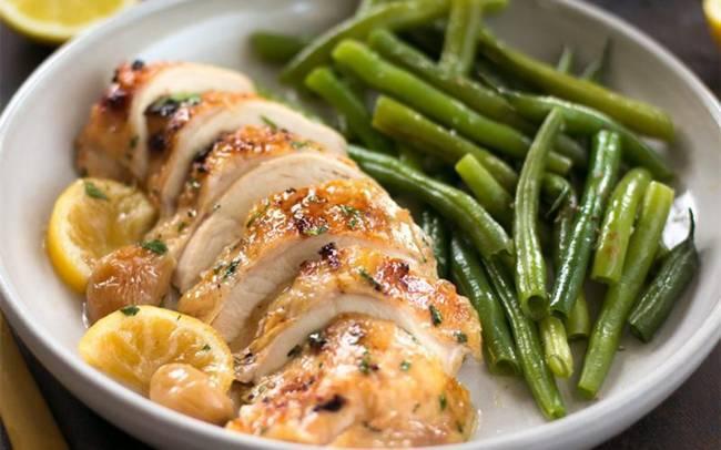 Cách chế biến món ức gà cho người giảm cân - Ảnh 1