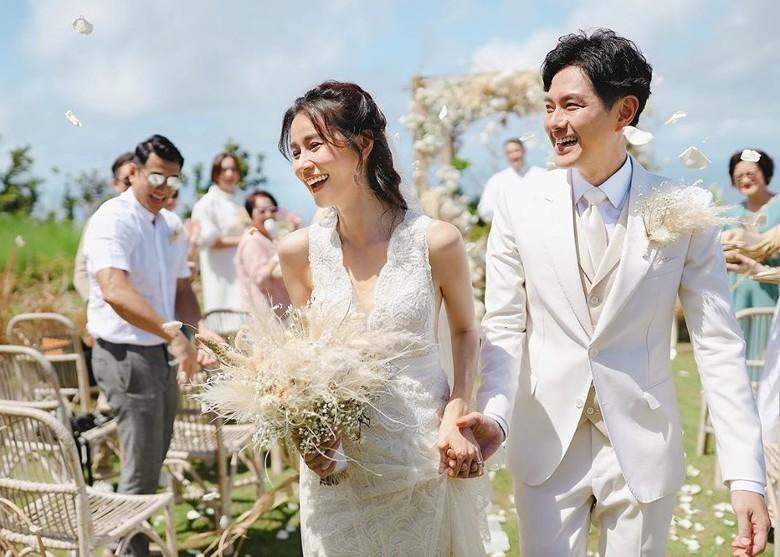 Cận cảnh đám cưới đẹp như mơ của mỹ nam 'Cung Tâm Kế' và bạn gái 5 năm - Ảnh 3