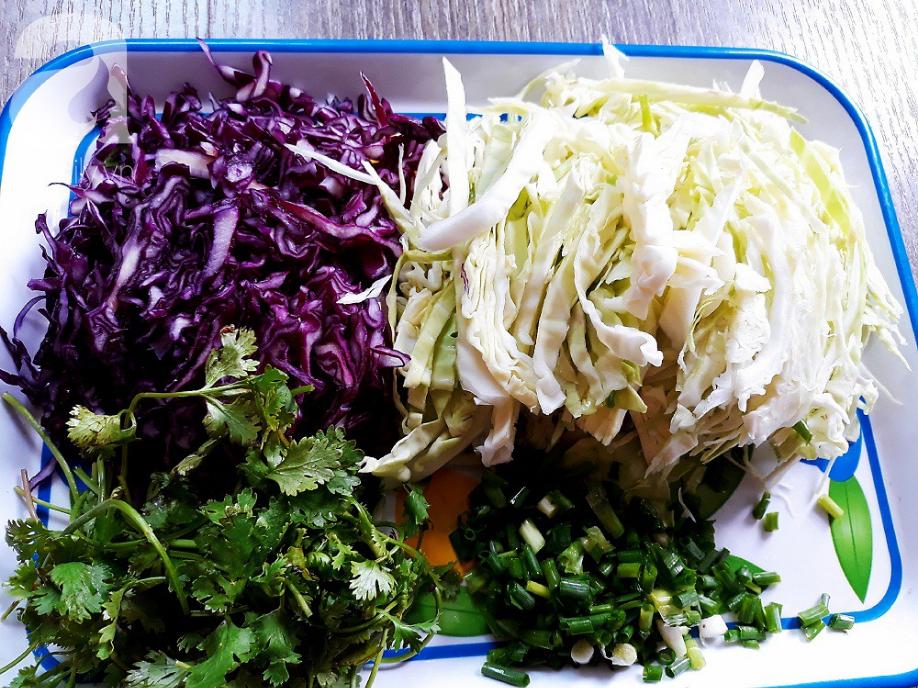 Phòng ung thư, giảm mỡ máu cực hiệu quả chỉ với món salad có giá chưa tới 20k/đĩa - Ảnh 1