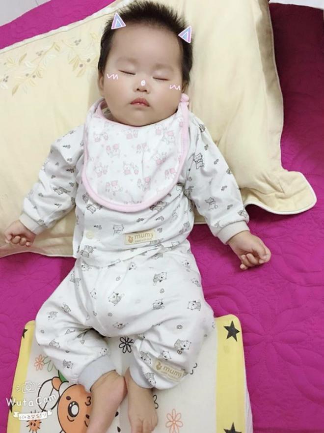 Gặp lại người mẹ trẻ ốm trơ xương, vừa đẻ đã phải xa con: Em ngừng thở rồi nhưng tiếng gọi 'Mẹ ơi' níu em lại - Ảnh 4