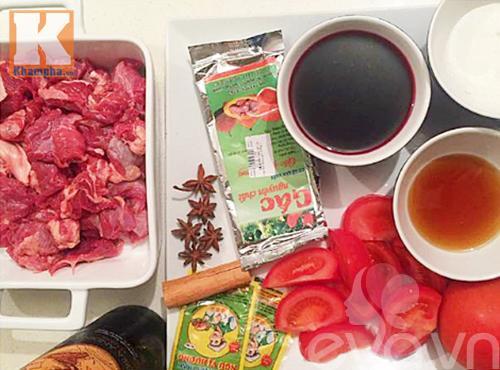 Cách nấu thịt bò sốt vang miền Bắc ngon đúng điệu cho cả nhà - Ảnh 2