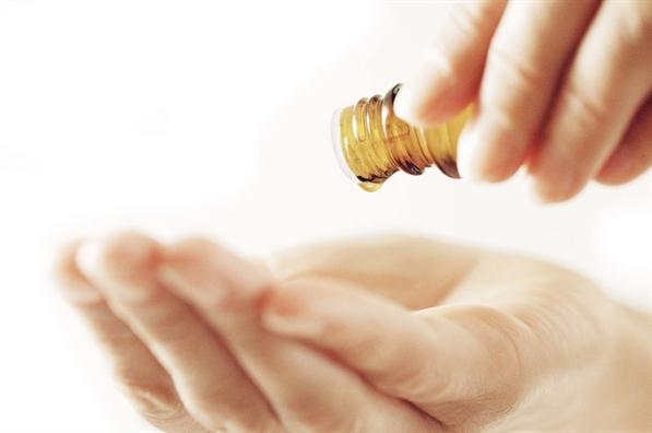 'Nâng cấp' làn da với tinh dầu - Ảnh 3