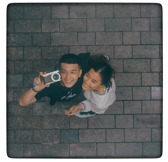 Huỳnh Anh đăng ảnh cận mặt bạn gái nhưng lại làm 'bốc hơi' tất cả ảnh tình cũ Hoàng Oanh - Ảnh 1