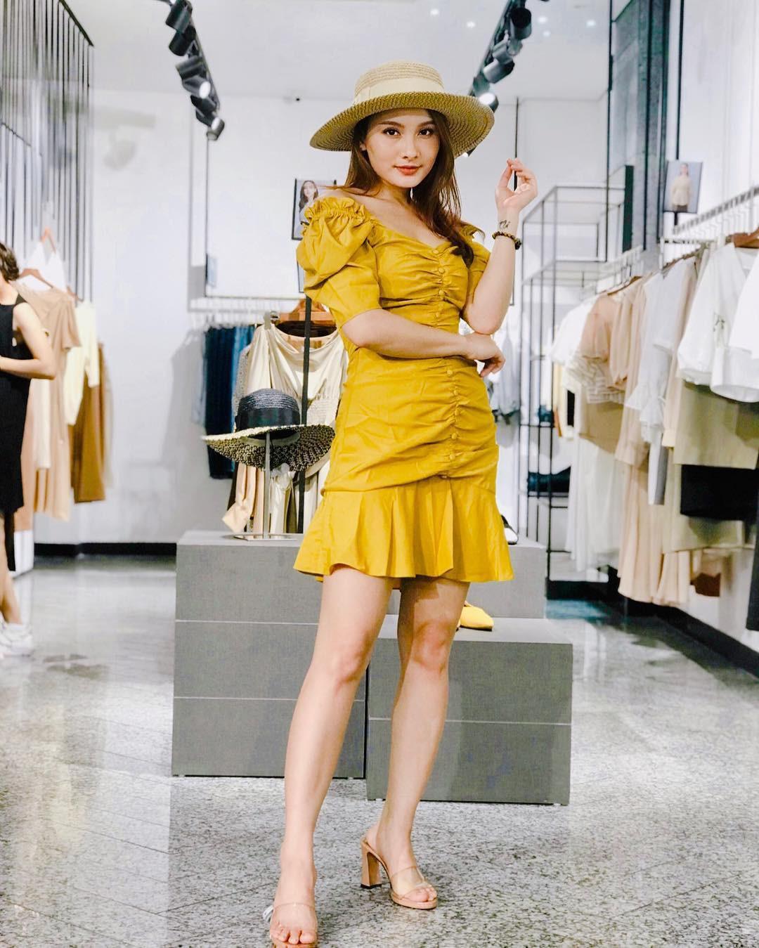 """Ngỡ chẳng liên quan, Bảo Thanh và Song Hye Kyo lại cùng mê kiểu váy được coi là bảo bối hack dáng cho quý cô """"nấm lùn"""" - Ảnh 5"""