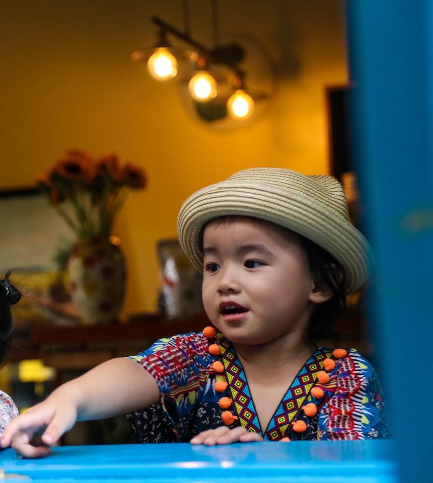 Con bị sốt đi viện mãi không khỏi, mẹ Sài Gòn bỗng hoảng hốt khi thấy con hắt xì ra dị vật đáng sợ này - Ảnh 6