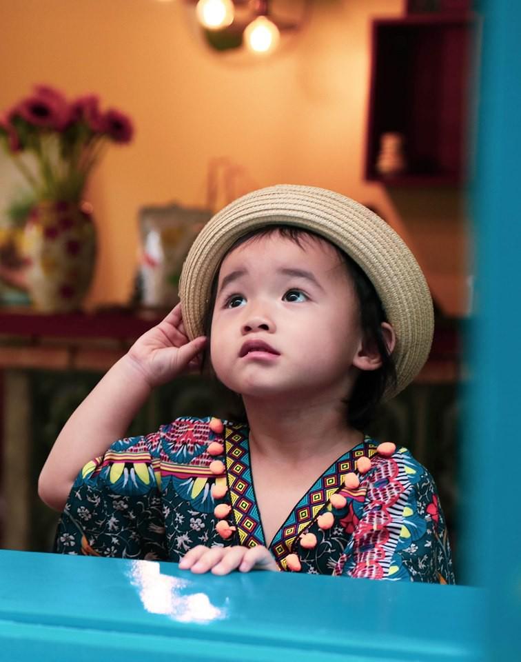 Con bị sốt đi viện mãi không khỏi, mẹ Sài Gòn bỗng hoảng hốt khi thấy con hắt xì ra dị vật đáng sợ này - Ảnh 7