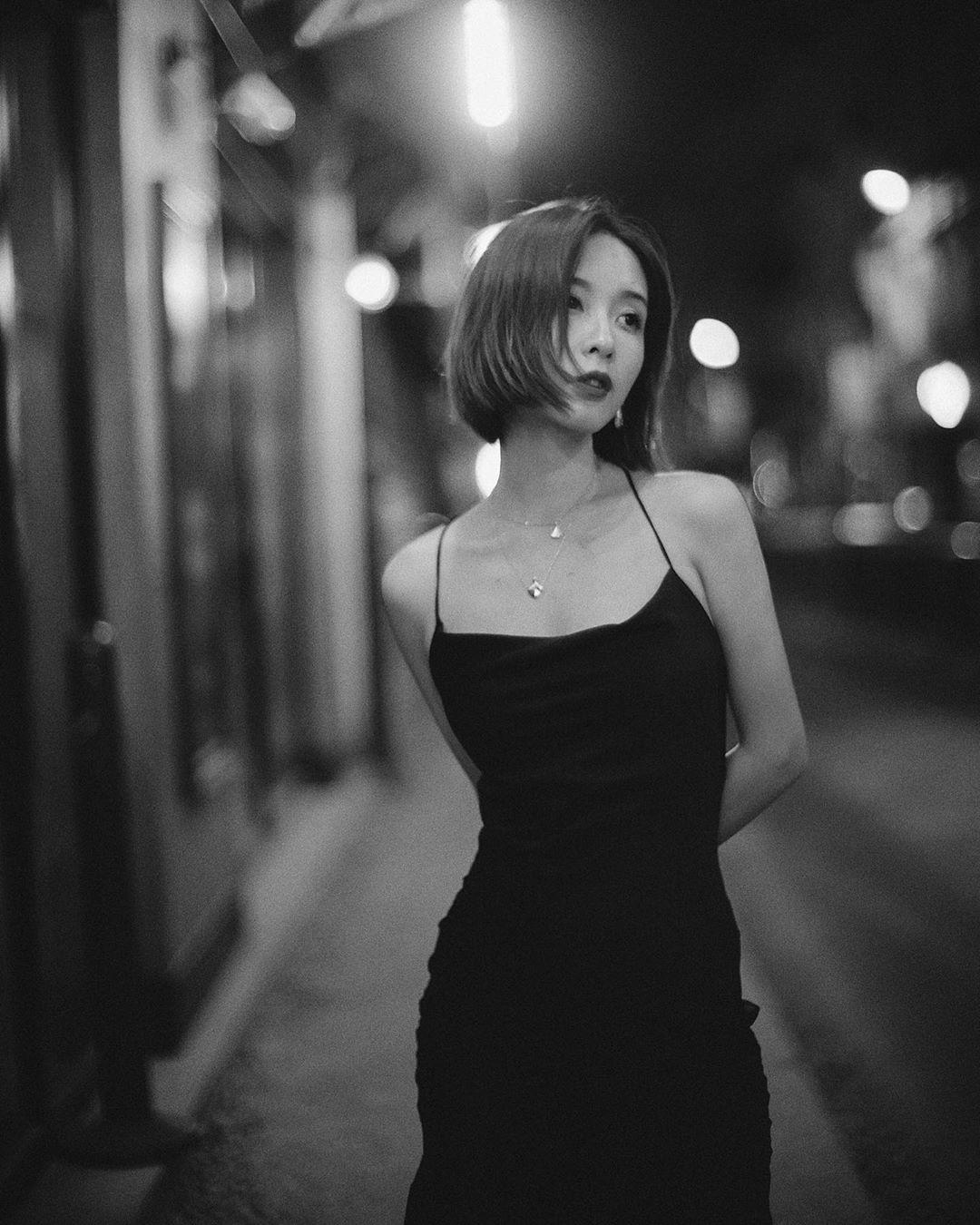 Nhờ một mẫu váy: Hà Tăng, Phạm Quỳnh Anh và Đàm Thu Trang khiến người ta nín lặng trước vẻ sexy và sang chảnh tột bậc - Ảnh 11