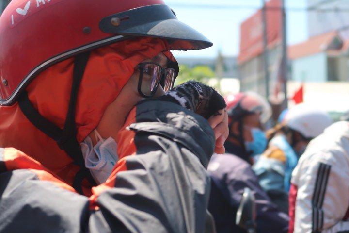 TP.HCM ô nhiễm không khí, chuyên gia cảnh báo cha mẹ đừng cho trẻ ra ngoài buổi trưa, chiều - Ảnh 4