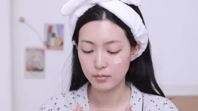 Rửa mặt như người Hàn và dùng toner như người Nhật: Áp dụng ngay vì đây chính là bí kíp chống lão hoá tuyệt vời - Ảnh 1