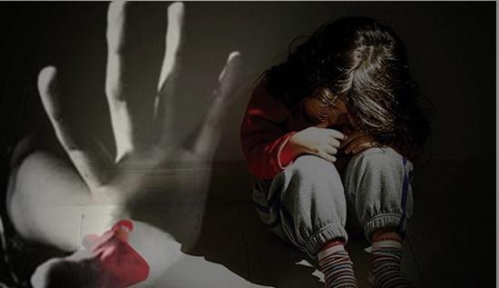 Thiếu niên 16 tuổi hiếp dâm 2 em gái cùng cha khác mẹ - Ảnh 1