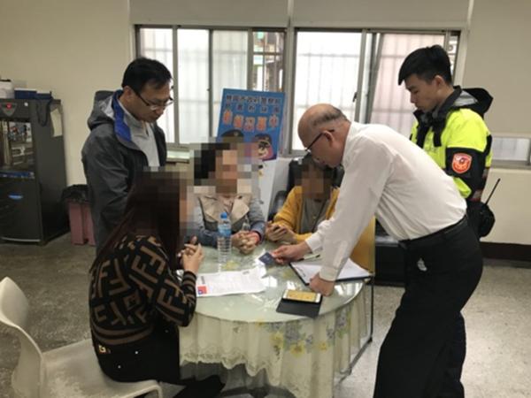 Khách Việt bỏ trốn ở Đài Loan khai 'mua tour cao gấp 5 lần' - Ảnh 1